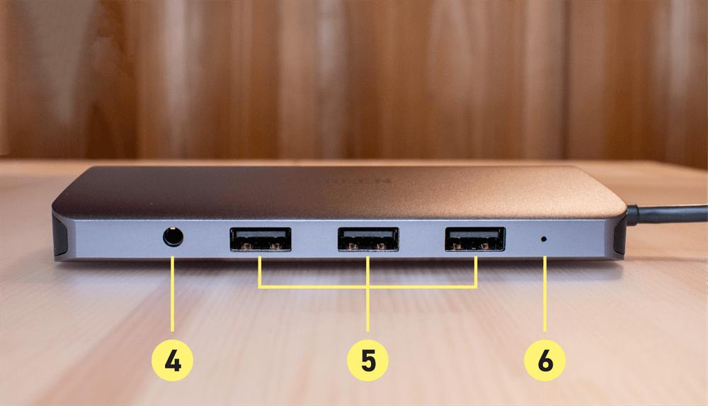 UGREEN USB-Cハブ 10in1の前面ポート
